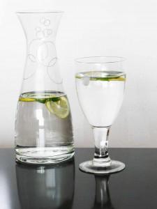Agua de Melisa y Limon